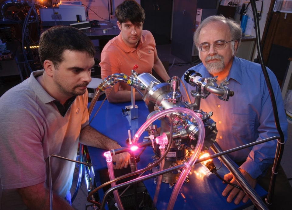 NASA Ames Research Center scientists Michel Nuevo, Christopher Materese and Scott Sandford(Credit: NASA/Ames Research Center/Dominic Hart)